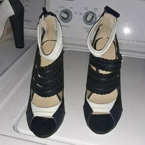 Gwen Stefani block heels